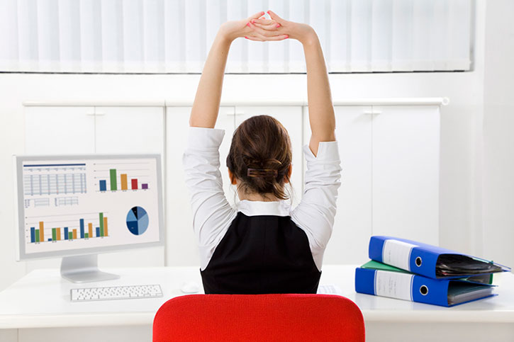 Realistic Workouts & Stretches for Busy Students & Professionals